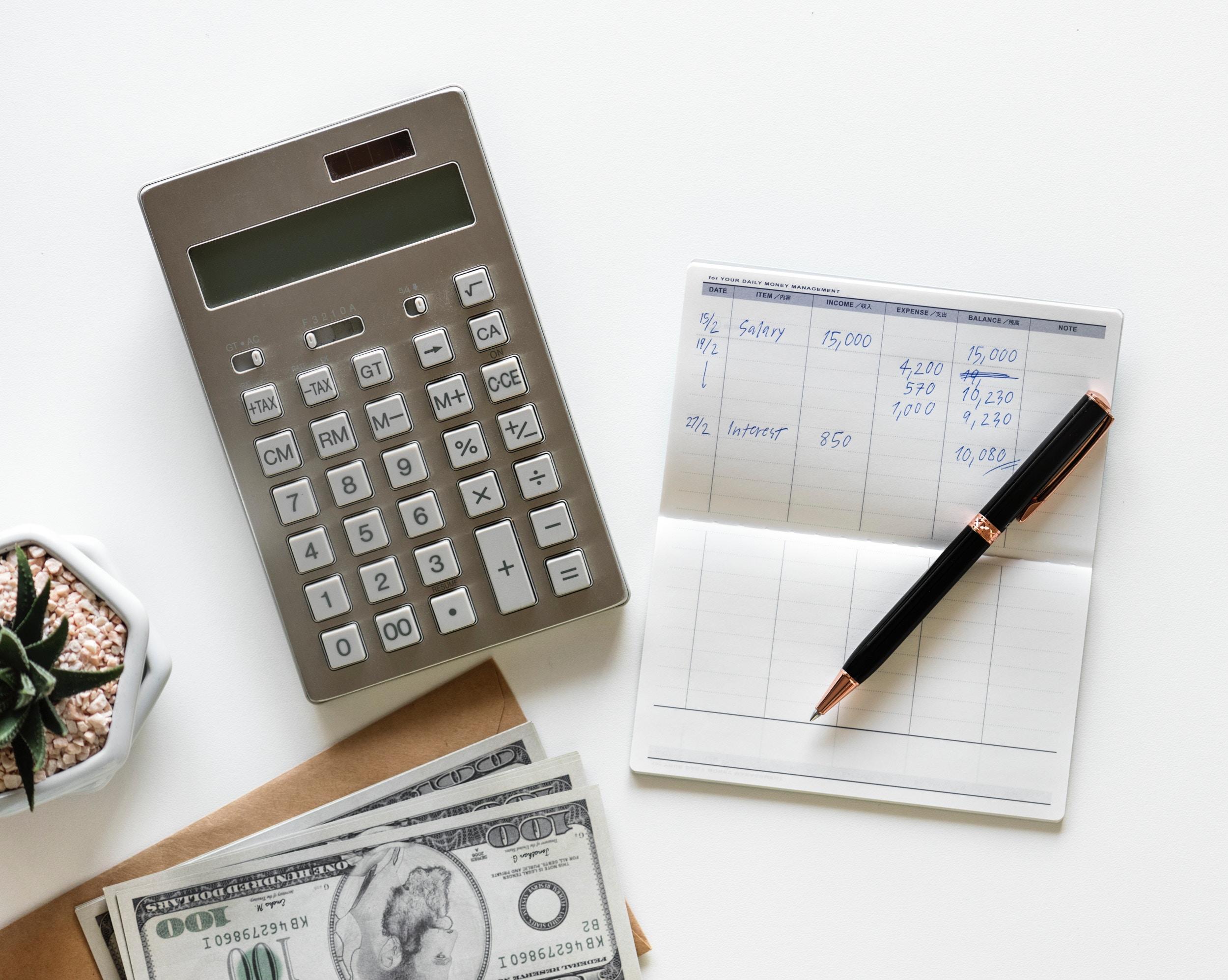 Ruim helft inkomen gaat op aan vaste lasten